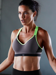 NEW! Incredible by Victoria's Secret Sport Bra